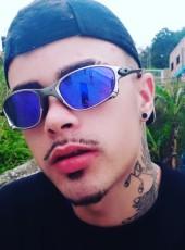 Samuel, 19, Brazil, Florianopolis