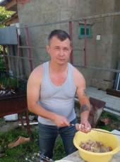 Konstantin, 37, Russia, Novokubansk
