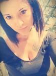 nadia, 28  , Cologne