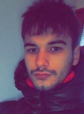 Roman, 18, France, Valenciennes
