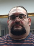 Luis, 46  , Benetusser