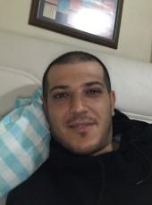 Tremonti, 30, Turkey, Maltepe