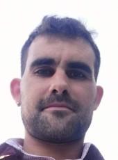 Fonsi, 31, Spain, Sanxenxo