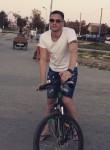 sergey, 28  , Tyumen