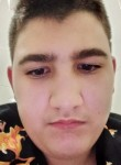 Giuseppe , 18  , Acerra