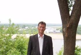 Igor, 65 - Just Me