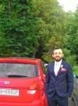 Emin, 33, Istanbul
