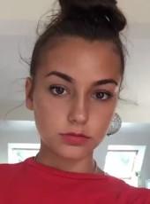 lola, 19, France, Epinay-sur-Seine