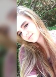 Alexis, 21  , Martinsburg