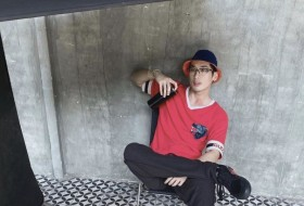 jinghao, 24 - Just Me