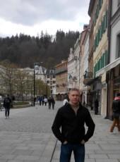maksim , 42, Estonia, Tallinn