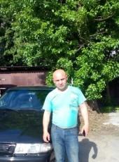 Viktor, 42, Russia, Skhodnya