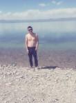 Adyl, 22  , Bishkek
