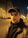 Yuriy , 34  , Kiev