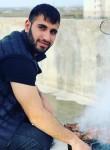 İbrahim, 19, Istanbul