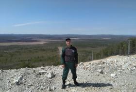 Vlad, 40 - Just Me