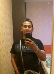 Wan, 32, Kampong Baharu Balakong