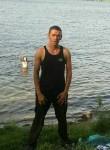 Pavel , 35  , Korkino