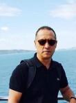 souhail, 58  , Tunis