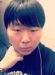 Dmitriy, 22  , Hwaseong-si
