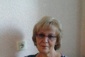 galina, 59 - Just Me