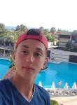 David, 18  , Skopje
