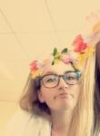 Emeline, 19  , Beaune