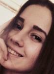Dina, 21  , Barceloneta