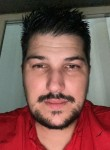 Bryan, 31, Sens