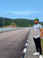 Dahif, 18, Malaysia, George Town