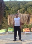 Etibar, 41  , Sirvan