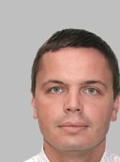 Oleg, 33, Russia, Saint Petersburg