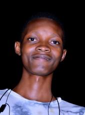 Amani , 20, Burundi, Bujumbura