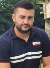 Alin, 43, Romania, Sector 3