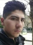 Victor , 19  , Oruro