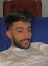 Bi, 25, Saudi Arabia, Riyadh