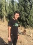 Serdar, 22  , Istanbul