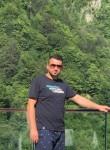 Adnan, 31  , Bayji