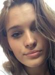 Ana, 18  , Zagreb