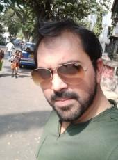 KT, 36, India, Mumbai
