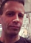 Ian, 36  , Woodland