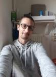 Cricri, 40  , Villeneuve-d Ascq
