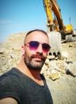 Yunus, 33  , Istanbul