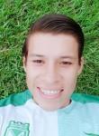 Carlos , 23  , San Salvador