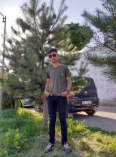 Nurullah, 18, Turkey, Cankaya