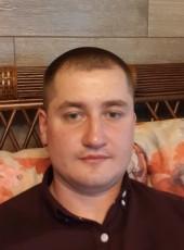 Sergey, 33, Belarus, Brest
