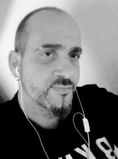 César, 41, Spain, Pamplona