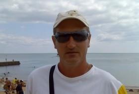 Serzh, 53 - Just Me
