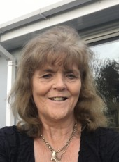 linda, 67, United Kingdom, London