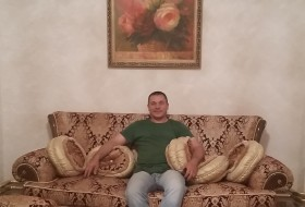 Paul, 49 - Just Me